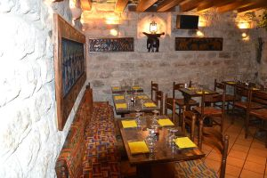 African_restaurant_in_Paris_A_la_Banane_Ivoirienne
